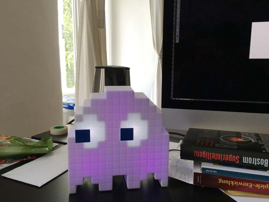 Also meine Pacman Ghost Lampe kommt fast täglich zum Einsatz ;-)
